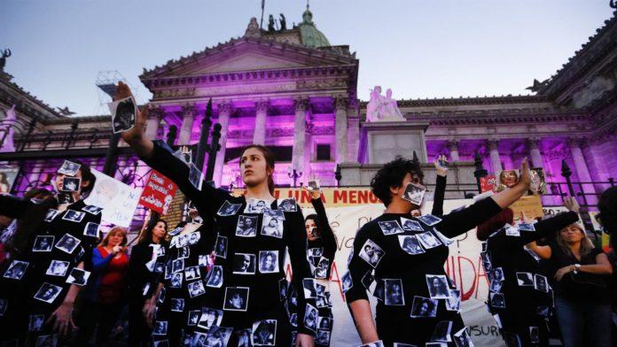 Ni una menos: Marcha contra la violencia de género