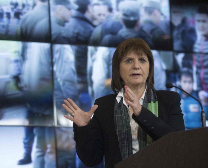 Bullrich negó la represión y culpó a los trabajadores