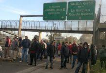 Trabajadores de Cresta Roja volvieron al corte a causa de los despidos