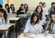 El Gobierno ofrece fondos paraaumentar a los docentes santacruceños