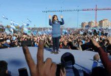 Cristina Kirchner cierra su campaña con un acto en Racing