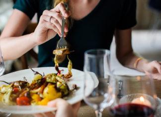 Por qué comer apurado pone en riesgo a tu salud