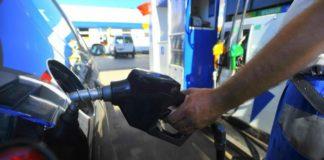 Los precios de la nafta de YPF variarán según el barrio