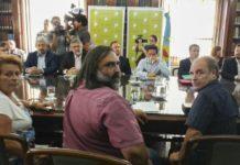 Vidal convocó a los gremios docentes un día antes del paro