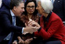 """Dujovne negocia con el FMI un préstamo """"stand by"""""""