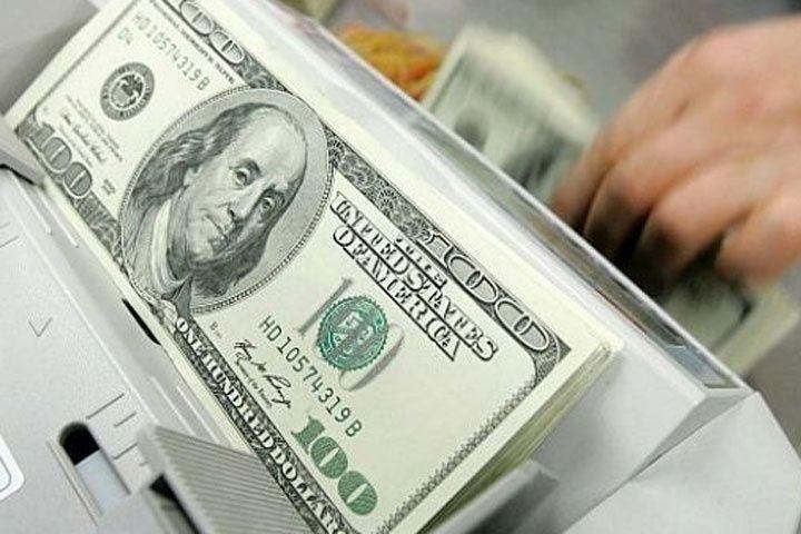 El dólar volvió a subir y marcó un nuevo récord