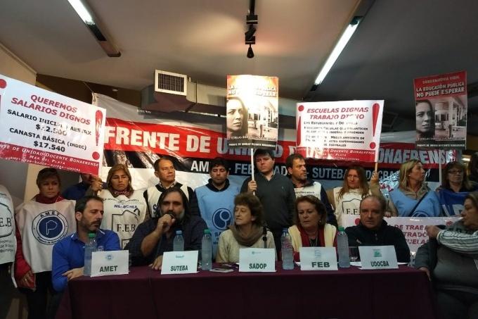 Docentes bonaerenses anuncian paro de 48 horas