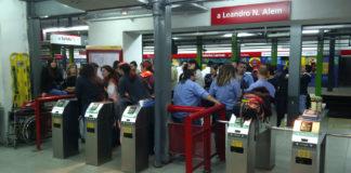 Segovia y los metrodelegados seguirán con las protestas en el subte