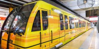 Metrovías anunció despidos y suspensiones mientras metrodelegados liberaban molinetes