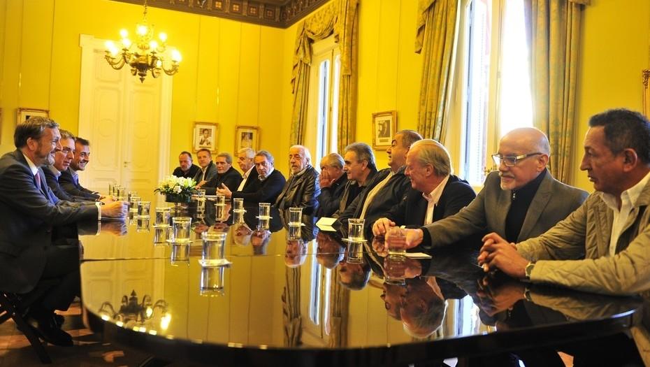 Tras la reunión con el Gobierno, la CGT dejó el paro en pausa