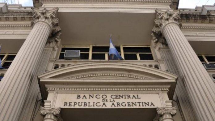 Dólar imparable: el Banco Central volvió a intervenir para frenar la suba