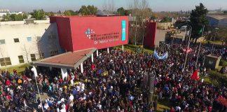 Hospital El Cruce: masivo abrazo contra el recorte