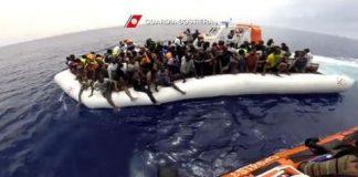 Rescataron en las costas de España a 569 inmigrantes africanos