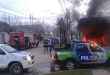 Cortes de luz: vecinos de San Vicente prendieron fuego oficinas de Edesur