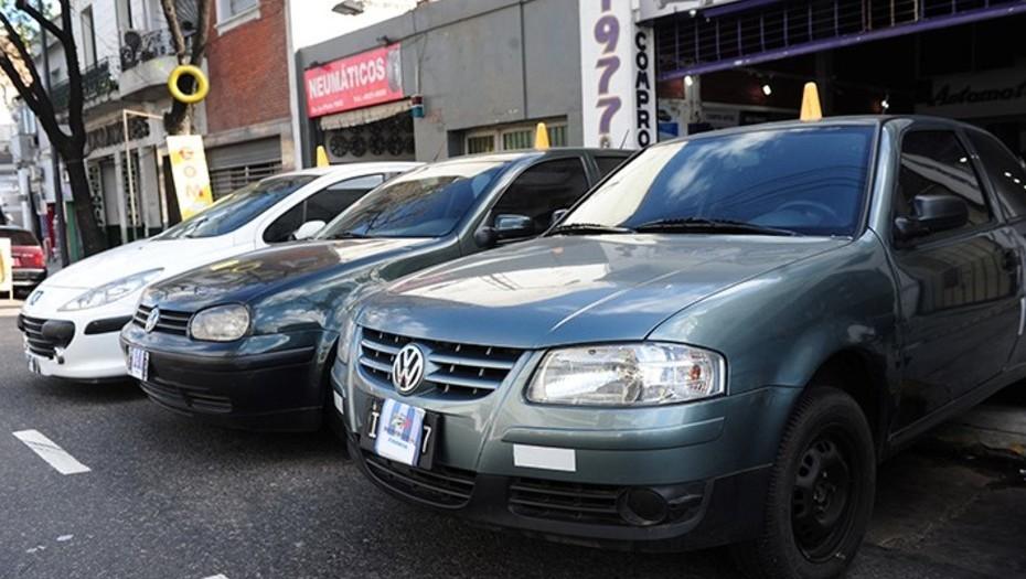 Cayó la venta de autos usados y advierten una fuerte crisis en el sector