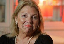 Un mozo dijo que Carrió le dejó una miseria de propina y la legisladora le respondió