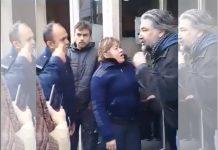 Video: así maltrata un policía a un docente que no cobro el sueldo