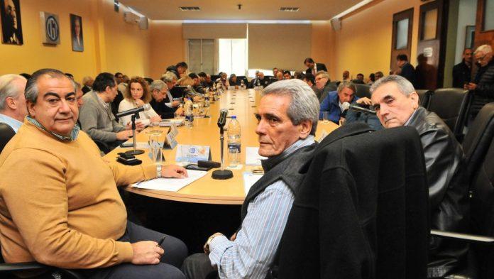 Para no enfrentar a Moyano, la CGT canceló las elecciones y el triunvirato sigue hasta 2020