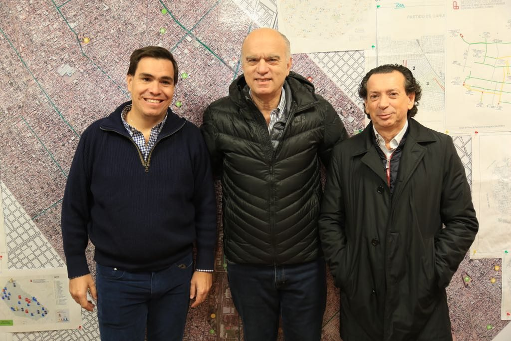 Dante Sica visitó el Conurbano para intentar frenar la crisis de las pymes