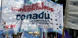 El gobierno de Macri convocó a paritarias a los docentes universitarios