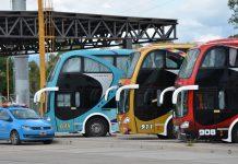 """El Gobierno oficializó las tarifas """"low cost"""" en micros: viajar a Mar del Plata costará 25 pesos"""