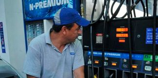 Aumento de nafta: vuelve a subir y el litro llegaría a $50