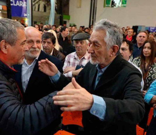 Rodríguez Saá visitó Avellaneda y pidió por la unidad del PJ