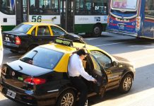 Los taxis cobraran con tarjeta y se sumaran dos mil mujeres choferes
