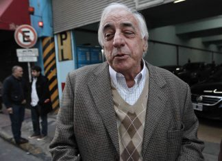 Roberto Fernandez, uta