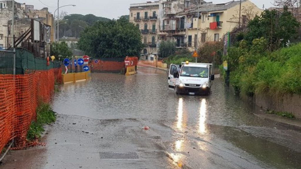 Italia, inundaciones en Sicilia