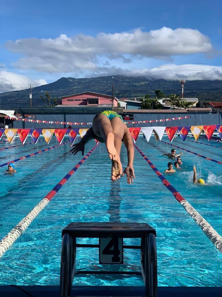 glew, nadadores, natacione, defensores de glew, costa rica,