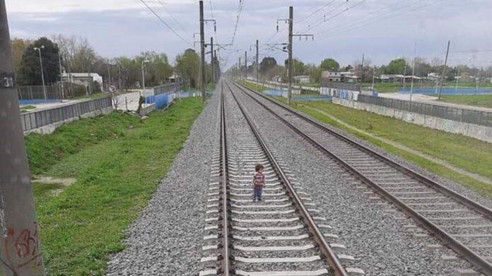 guernica, tren, via, nene