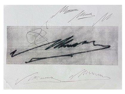 Diego Maradona, firma de Maradona